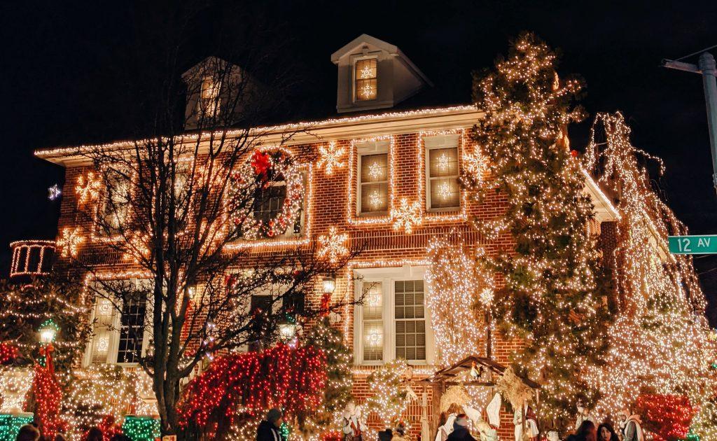 christmas activities - holiday lights